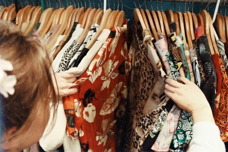 woman closet, clothes, declutter closet, declutter clothes